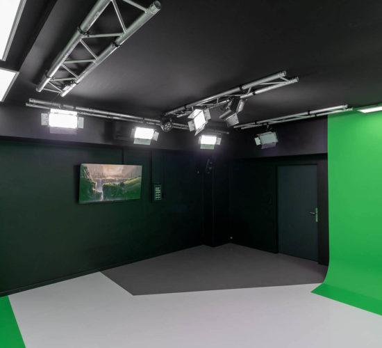 Studio 2 cyclorama chromakey