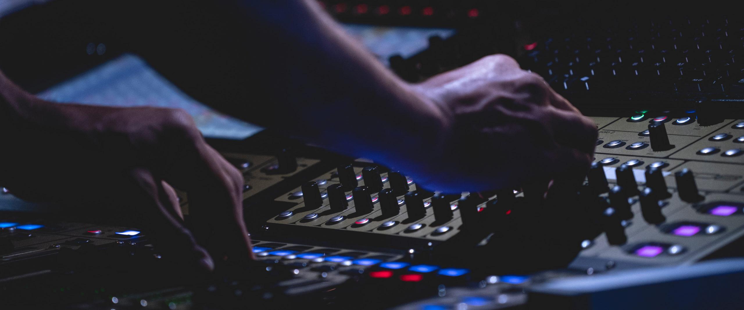 DJ Ste en video live